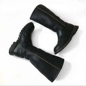8d8451b5d3b UGG Brooks Tall Black Leather Sherpa Boots Size 7